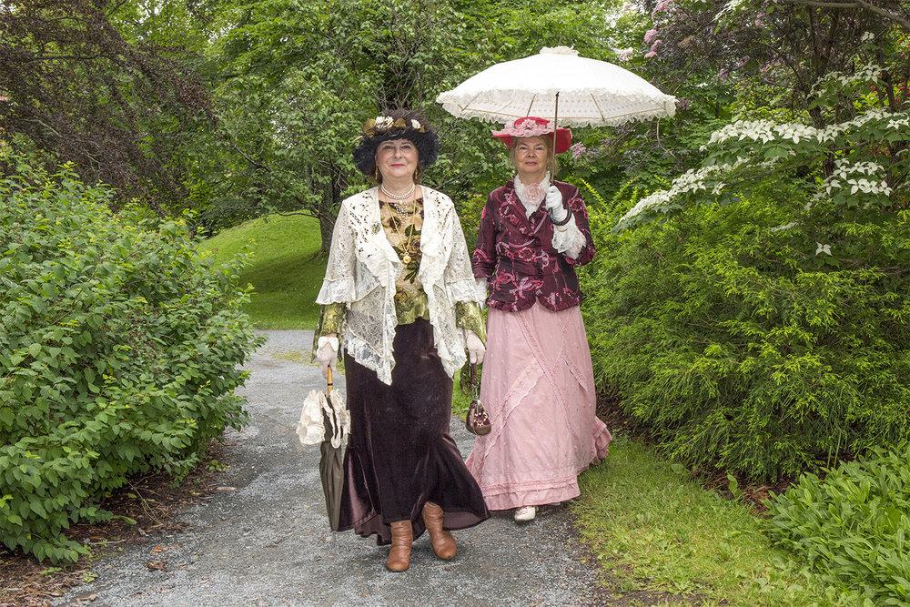 Victorian sisters 3.jpg
