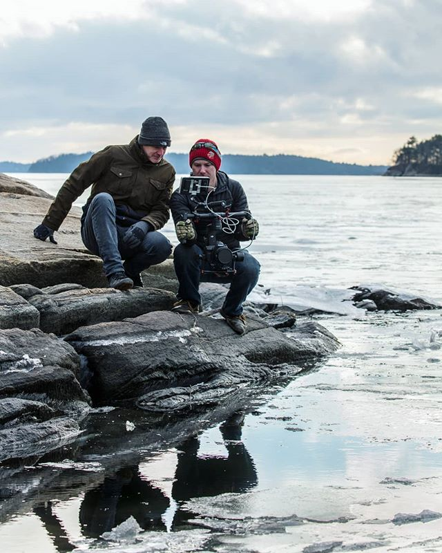 Director @tvn_matt and cam op @rhettcutrell braving the savage cold to get sun rays popping off the ice... Its salt water too, it really shouldn't be frozen... Shooting with the Canon 5DMIV and Sigma Cine 35mm prime. Beautiful. And of course the smallhd 702 monitor relaying the magic to matt . . . #adventure #explore #travel #filmmakersworld #documentary #doc #directorofphotography #canonuk #canon #smallhd #gear #dop #paramo #paramokit #canon5dmiv #tvn