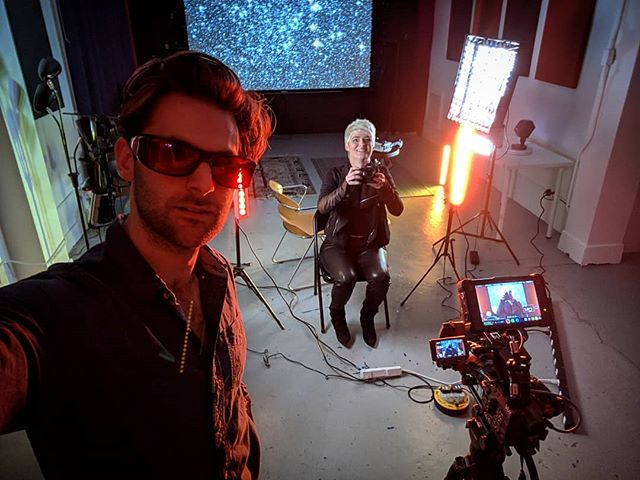 Fun day in the office with Amber Case talking about cyborgs... As she says, skynet isn't coming, it's already here... Using every light I can find for this one! Even got  some snazzy glasses to combat the crazy LED light I'm being hit with! . . . #adventure #explore #travel #filmmakersworld #documentary #doc #directorofphotography #lights #lighting #rig #ledsunglasses #bright #cyborgs #robots #ai #AI #skynet