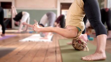 Me-@-yoga-space-444x250.jpg