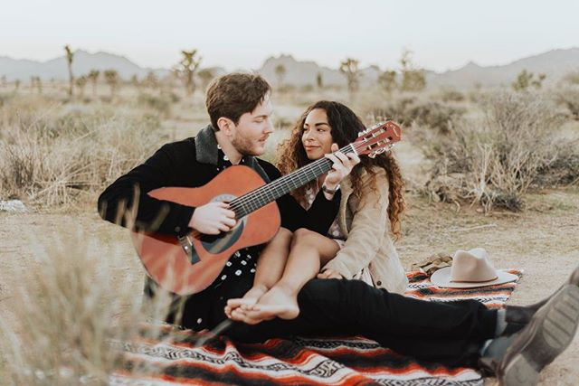 Melanie and Harrison had the most epic engagement shoot last night in Joshua Tree. This landscape holds a special place in their hearts as it was where they got engaged! The way they looked at each other when he pulled out the camping guitar... SWOON.