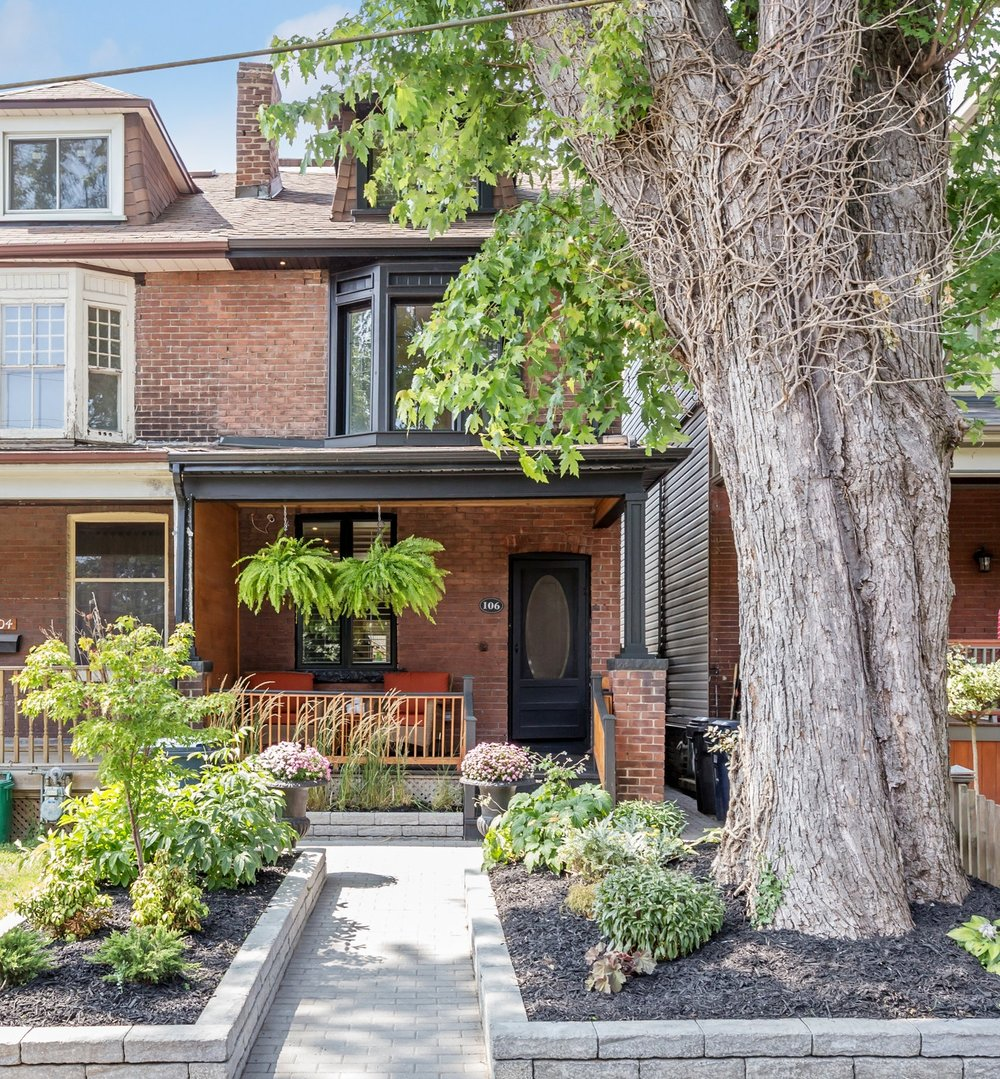 106 Curzon St. -  SOLD   Fully Reno'd | 4 Beds | 4 Baths | Prime Leslieville