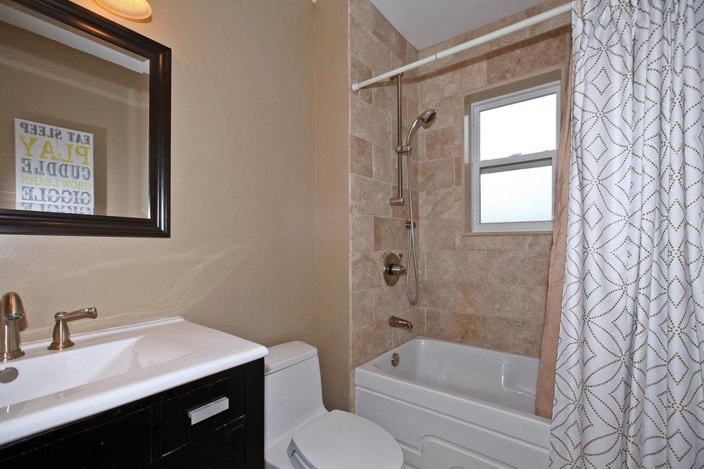 62 Ashdale Ave Toronto ON M4L-large-016-Main Bathroom-1500x1000-72dpi.jpg