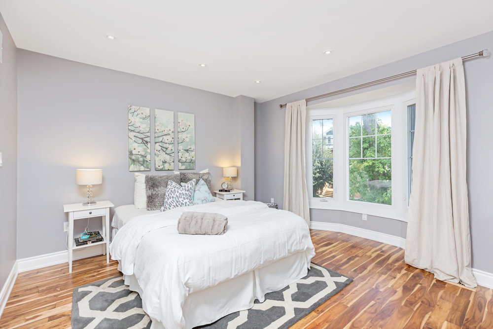 106 Curzon St Toronto ON M4M-large-020-29-Bedroom-1500x1000-72dpi (1).jpg