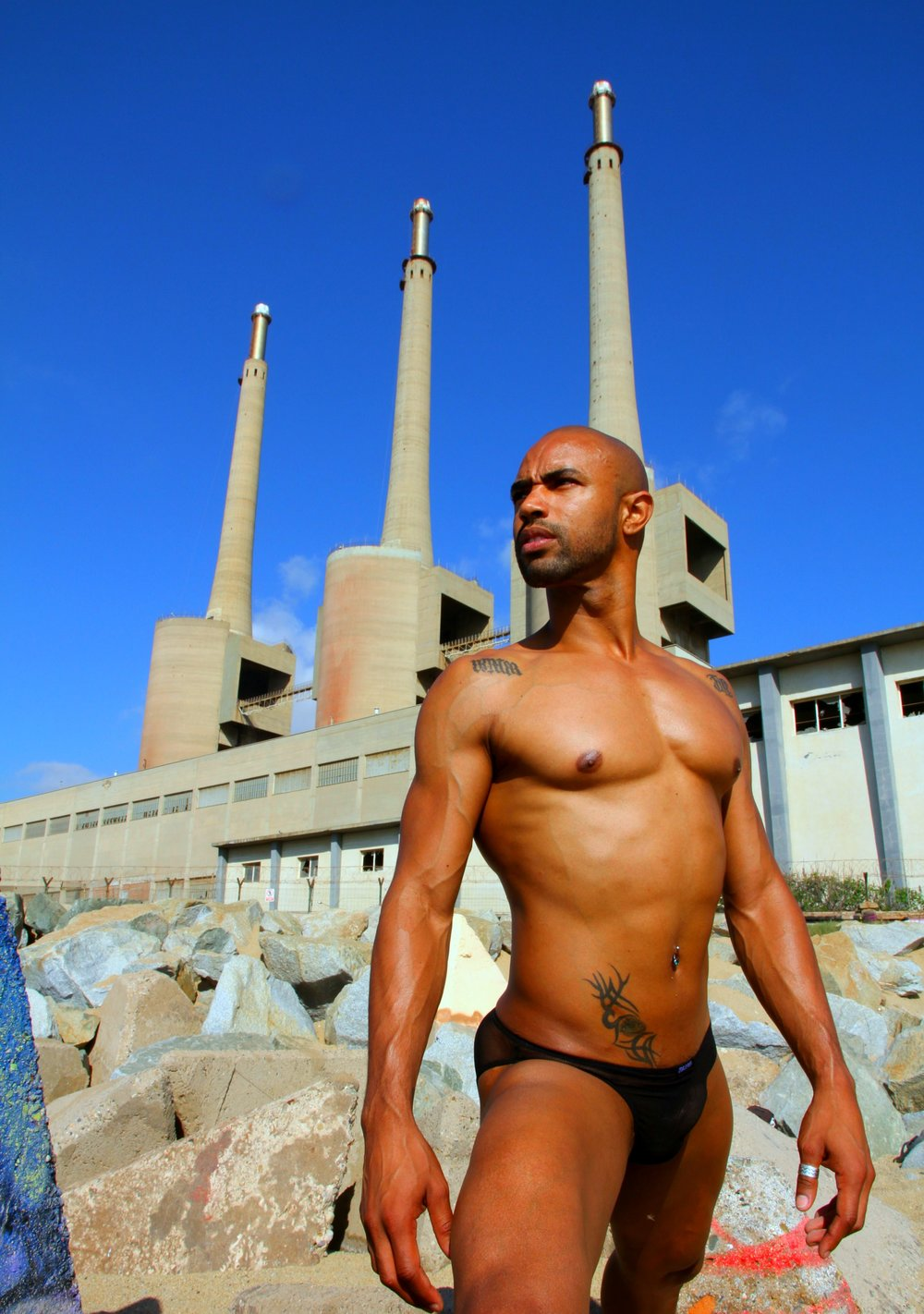 Model calls himself  DancerEyes , at Chernobyl Beach, Barcelona