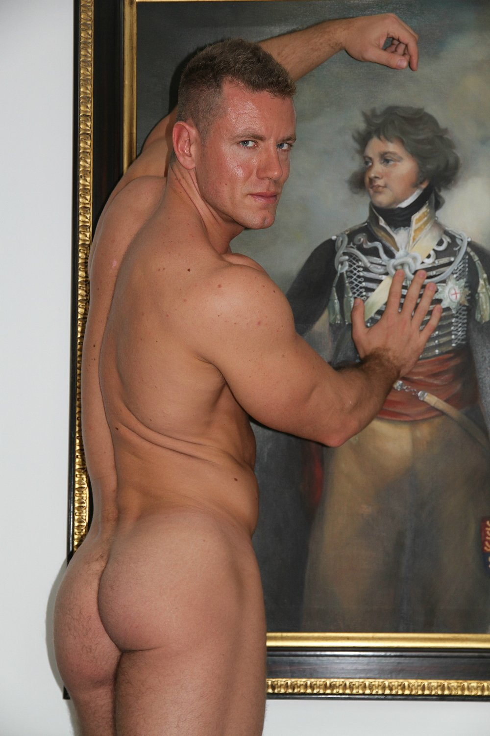 Stefano Foster , in the Regency Room, Palace Hotel (not recommended by the photographer), London, bonding with some Royal.