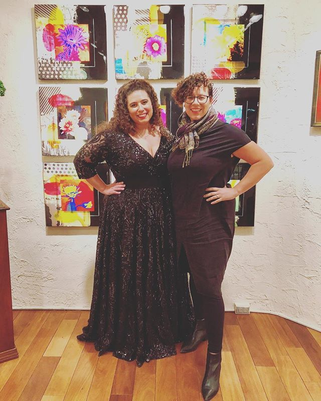 🌵Who loves Santa Fe as much as we do?! We always love to come back to this gallery after a performance at the @thelensic! We even recreated a piece of art from this gallery! . . . . #santafe #newmexico #gallery #travel #travelphotography #travelholic #travelguide #lgbtqtravelers #lgbtqtravel #travelcouple #travelling #gown #sequens #operasinger