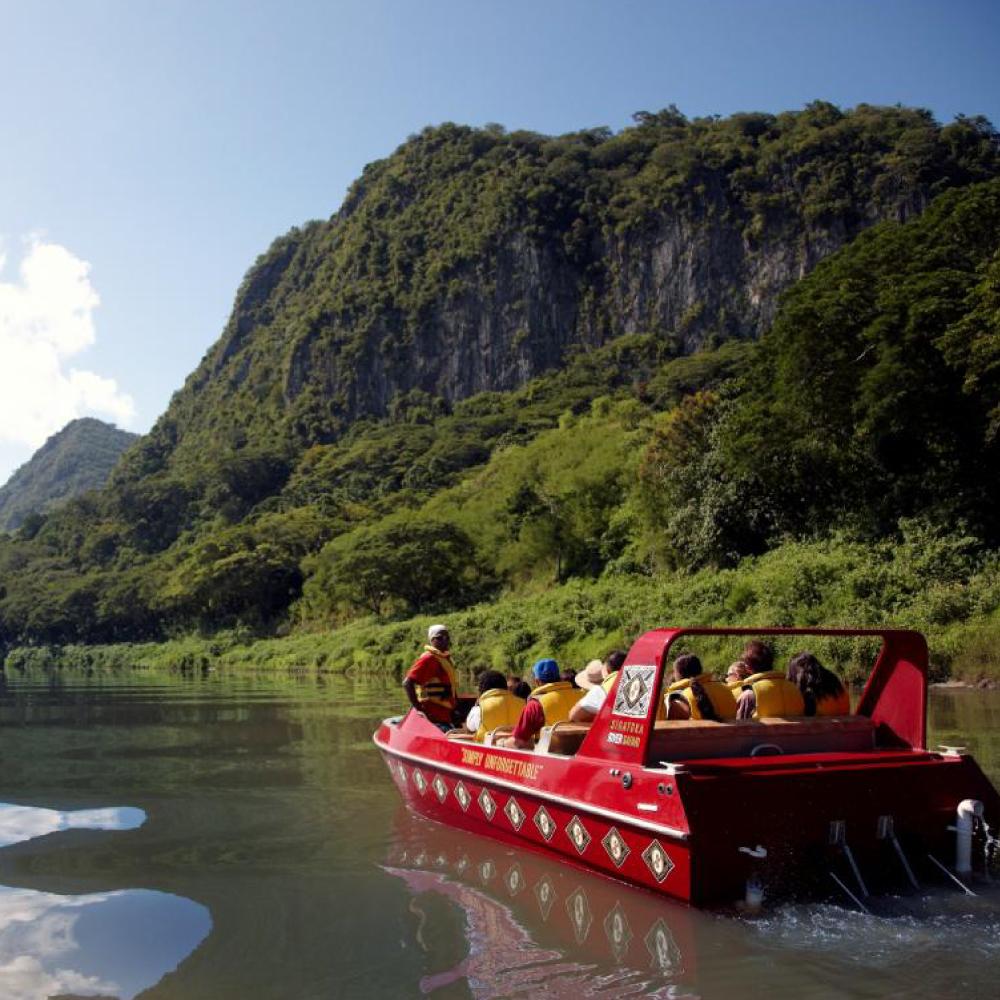 sigatoka-river-safari-commentary-stop-39096-crop.jpg