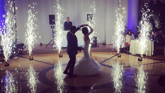 C L A S S I C #wedding #brides #dj #realdjing #queens #sparklers