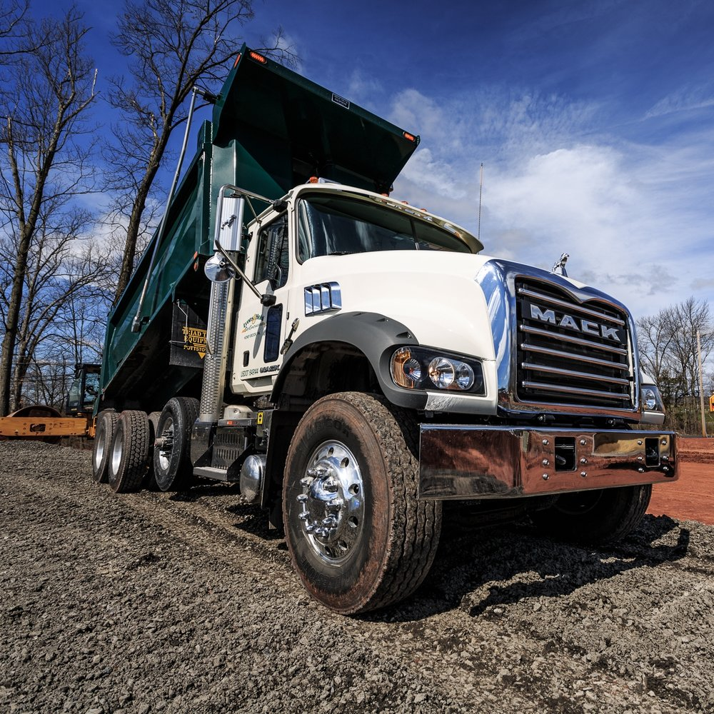 Truck Drivers - •CDL, Class B•Two years' experience or Technical Education Training.•Working knowledge of Tandem and Triaxle Dump Trucks.•Responsible for daily inspections of trucks, per DOT Standards.•General knowledge of local quarries, with experience of quarry       procedures is helpful.