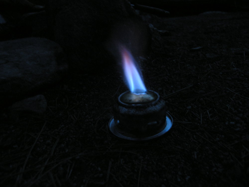 Stove with simmer ring.