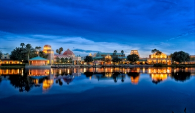 Coronado_Springs_lake_night.jpg