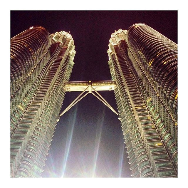What would a visit to KL be without a visit to the Petronas Towers?! #kl #kualalumpur #petronastowers #petronastwintowers #citybreak #travel #malaysia #travelblog