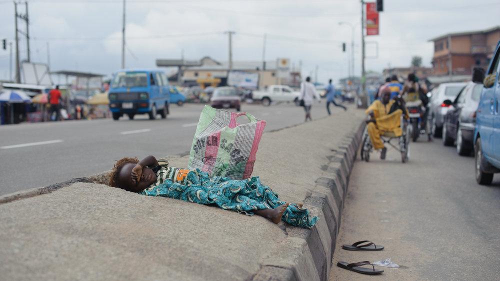 Lagos, Nigeria 2012. Tämä matka teki hyvää mielelleni. Vaikka joskus elämässätuntuu, että asiat olisivat huonosti, voin aina palata tähän matkaan ja tähän hetkeen,ja miettiäasioita oikeasta perpektiivistä.