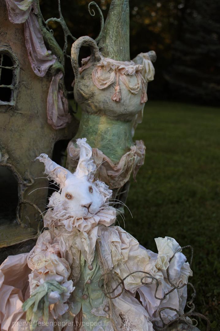 lapin-blanc-maison-d'alice-2.jpg