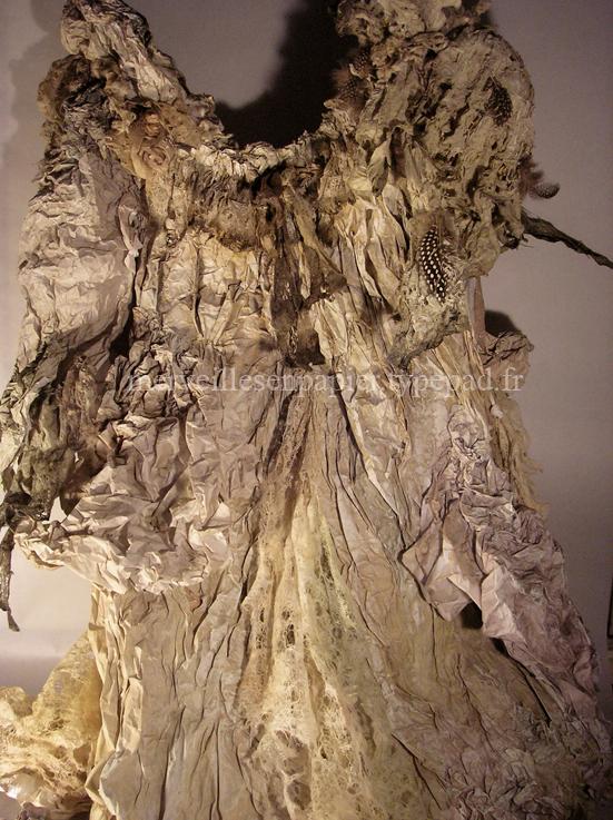 paper dress 96.jpg
