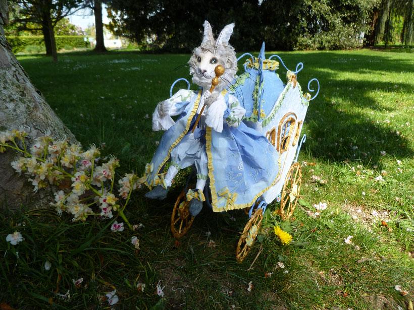 Amandine's blue carriage