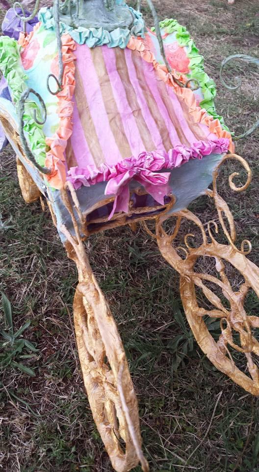 Liana's carriage