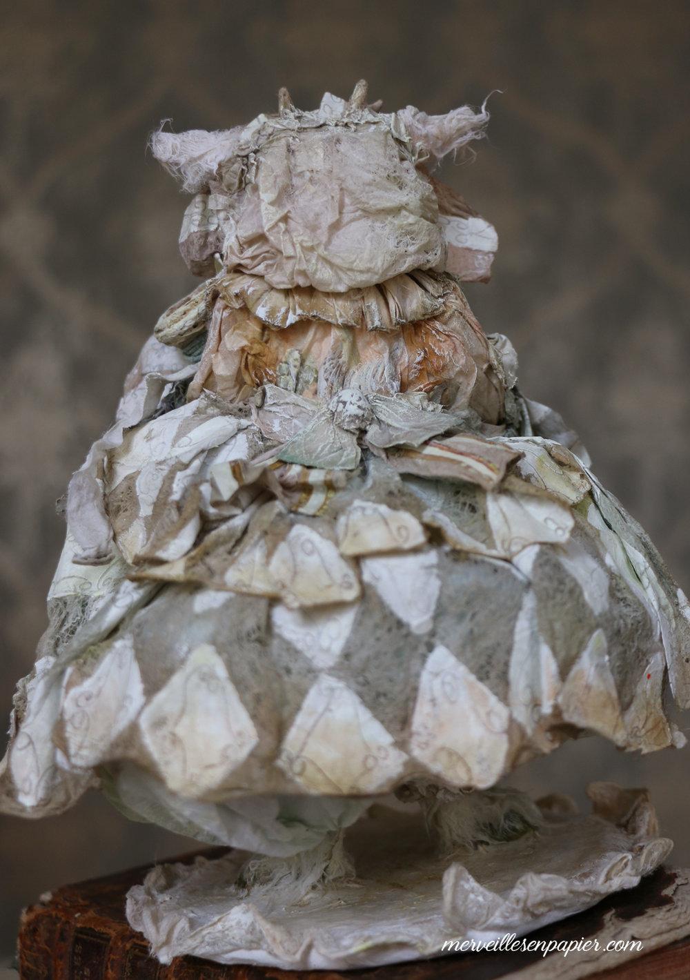 Paper lace diamond