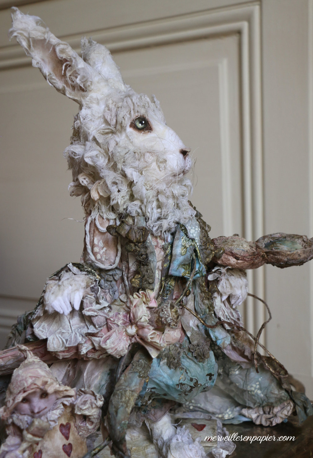 white-rabbit-alice-in-wonderland-105.jpg
