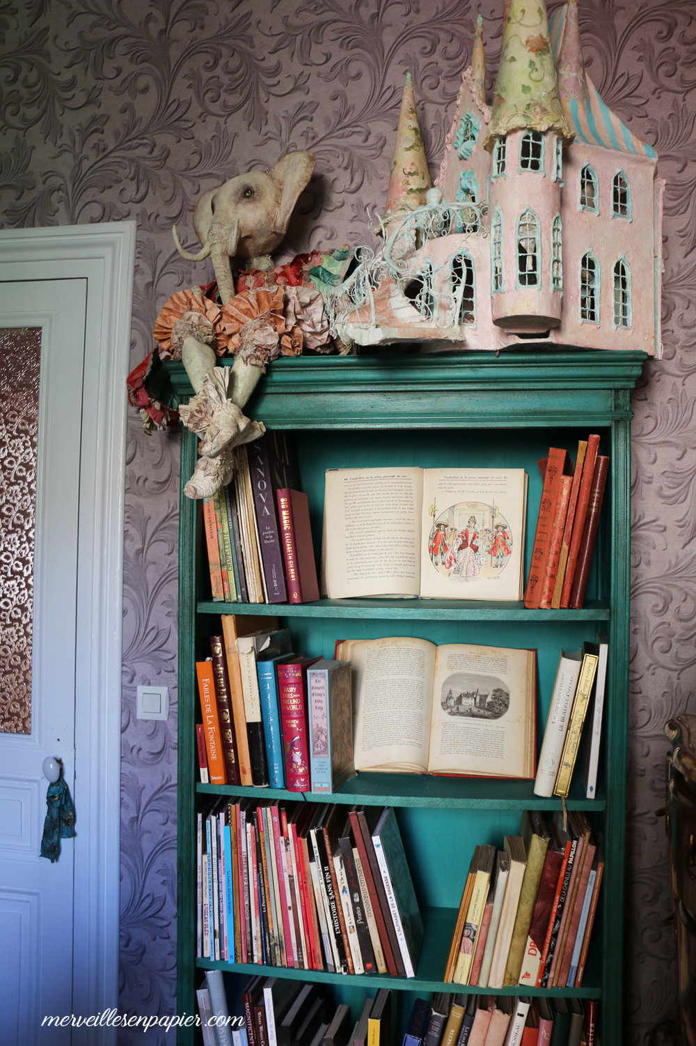 Fairy tales bookcase - my Art Studio
