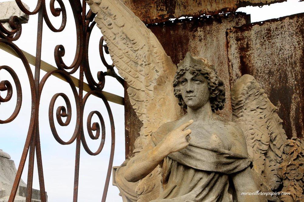 Cimetière du crêt du Roc, St Etienne , ange