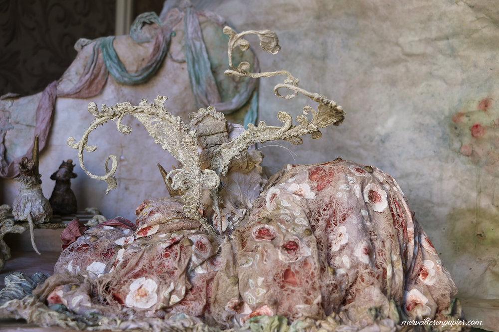 White cat paper lace dress- madame d'Aulnoy