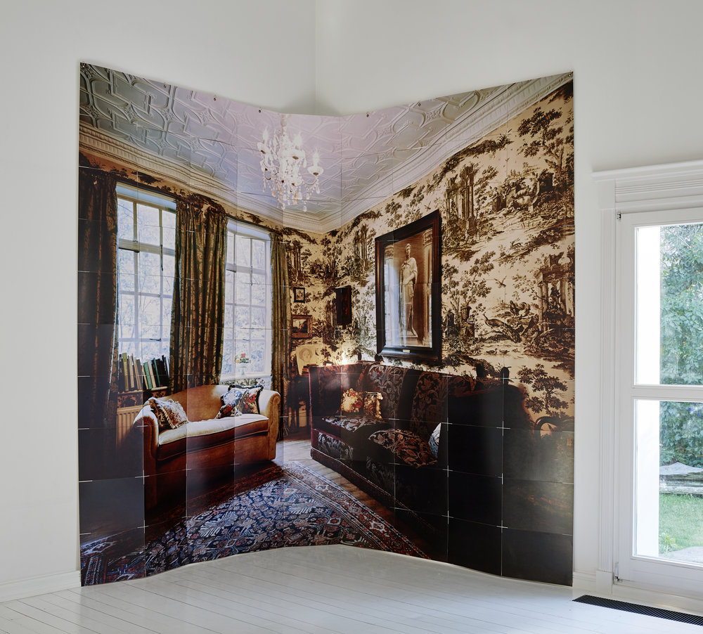 Withdrawing Chamber Installation (383x298cm)
