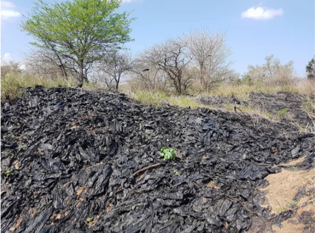 Tonnes of plastic in a ravine on Ukuwela Conservancy (Oct 2017). Photo by Tori Gray
