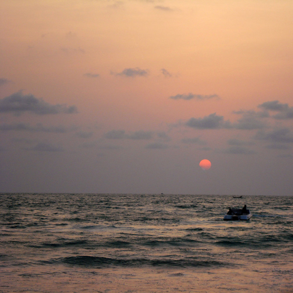 sunset-15478_1920.jpg
