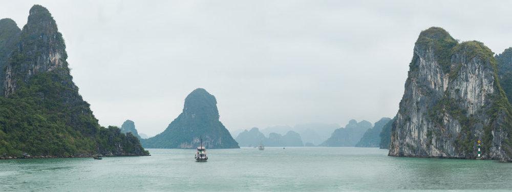 Vietnam-qfb-830-copy-1024x384.jpg