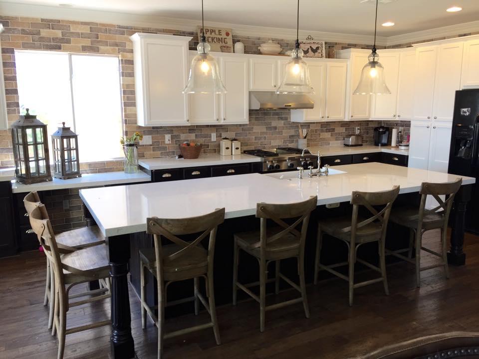 Vista Kitchen .jpg