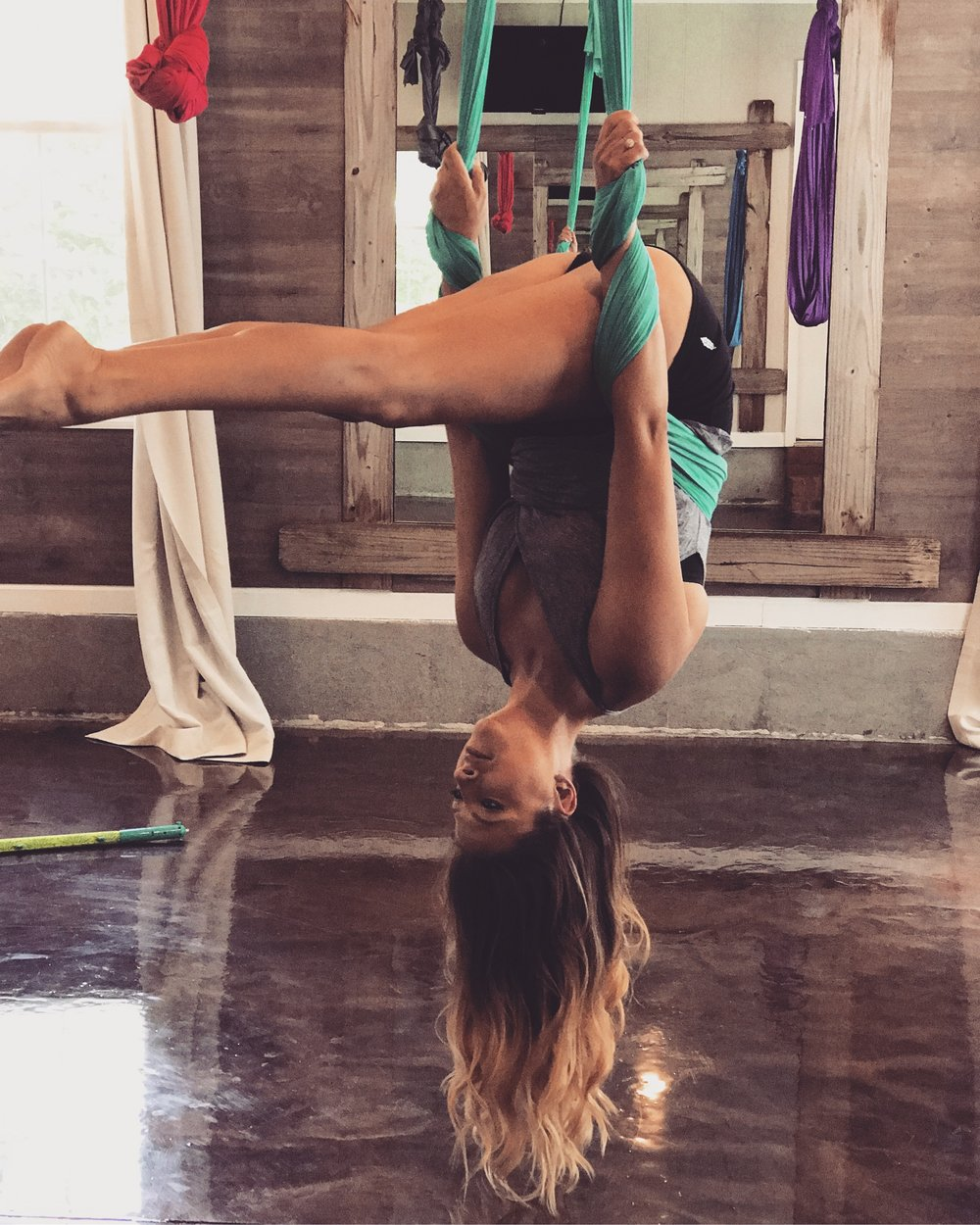 Erika Aerial Yoga