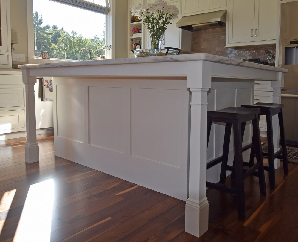 Bright White Kitchen - Island Leg