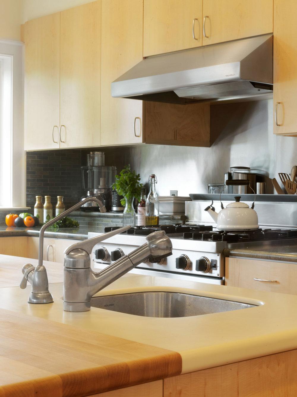 Maple-Slab-Kitchen-Cabinets-3.jpg