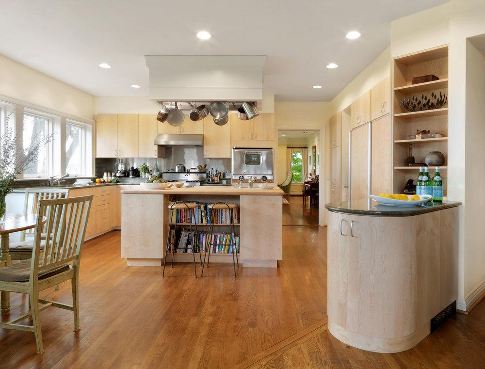 Maple-Slab-Kitchen-Cabinets.jpg