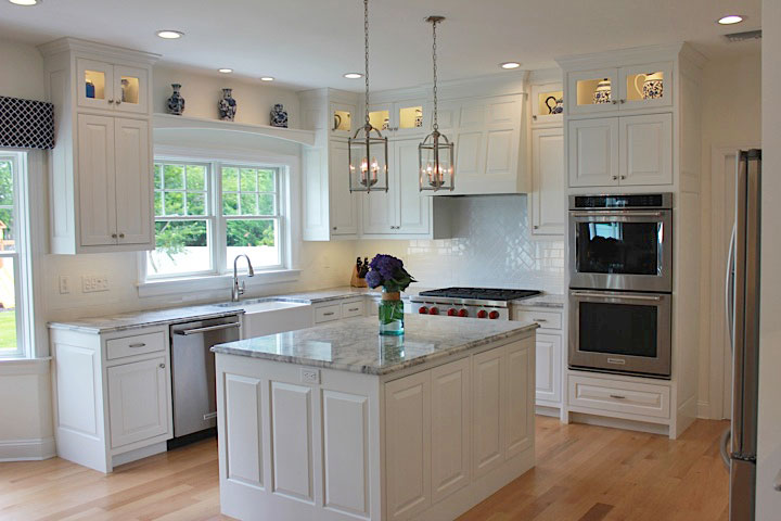 White-beach-house-kitchen-IMG_7529.jpg