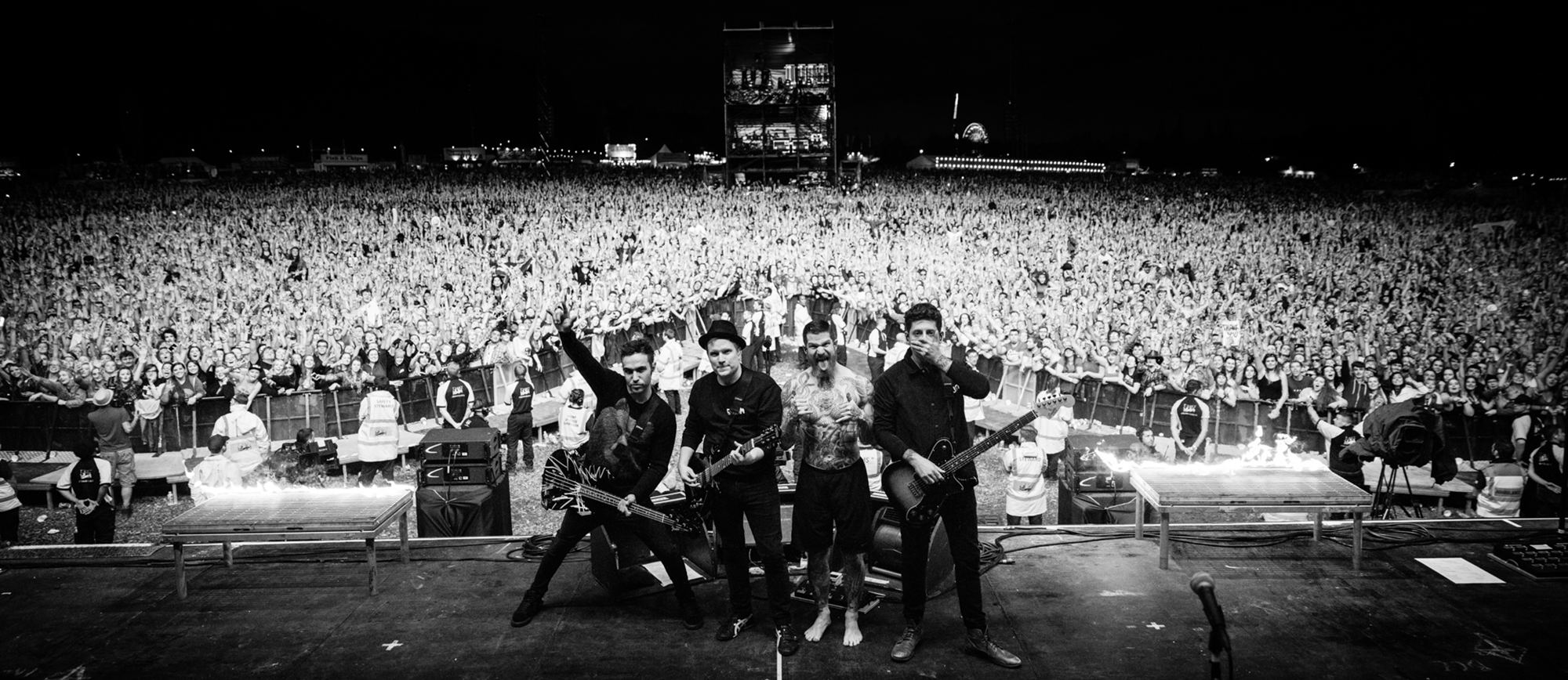 M A N I A Tour Fall Out Boy