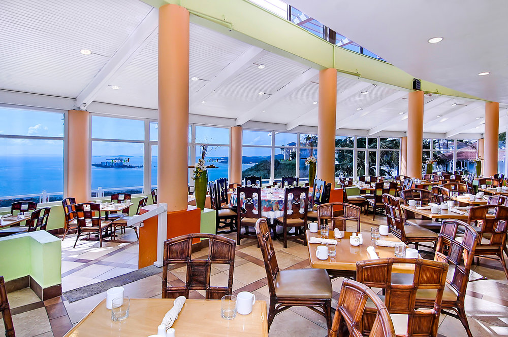 Restaurant - Las Brisas.jpg