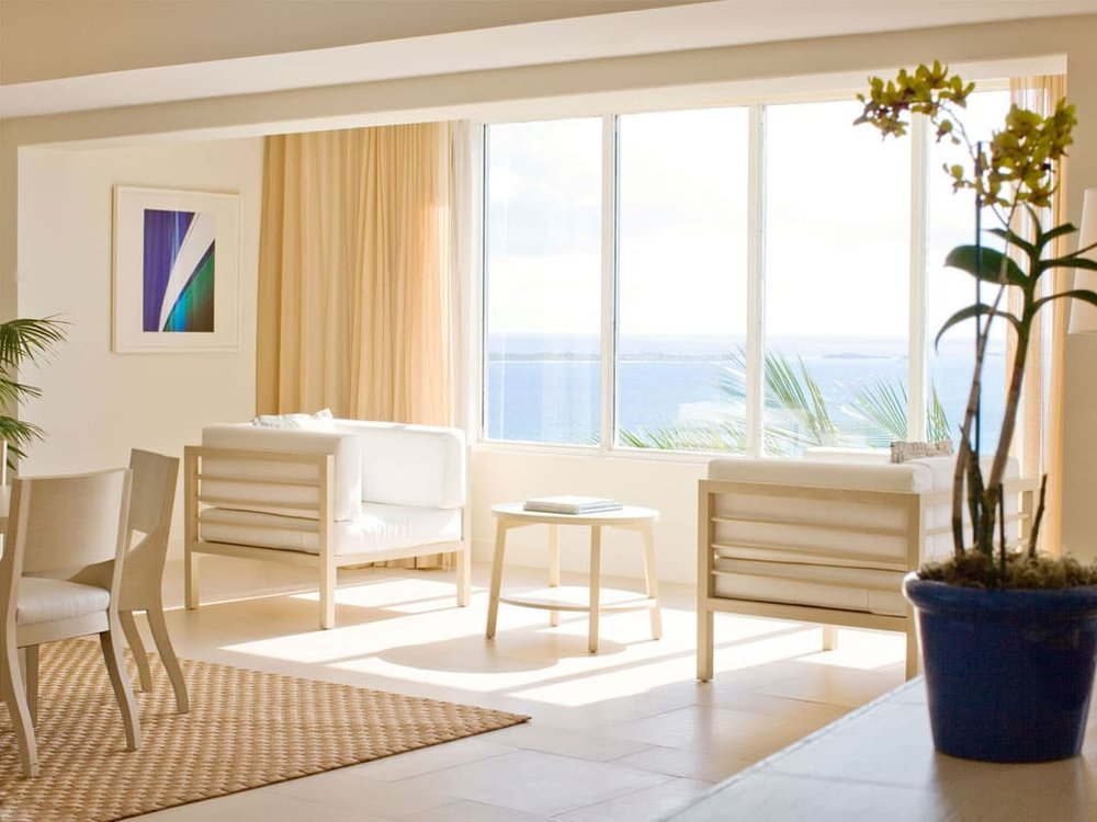 LUXURY SUITES - Discover Luxury Suites, the perfect island getaway for those looking for larger accommodations and breathtaking views.