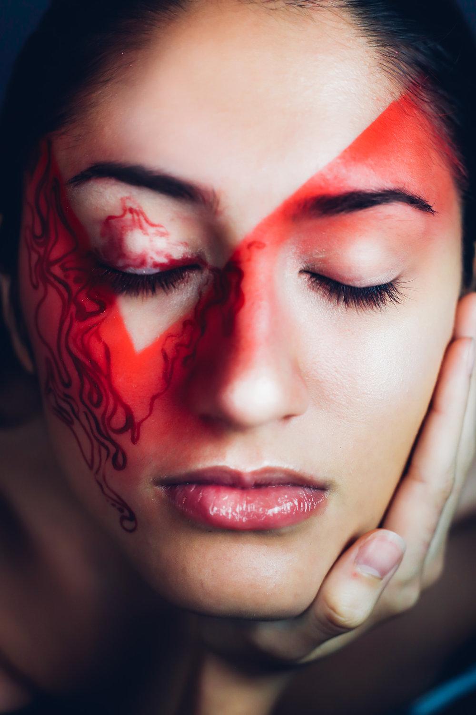red makeup 5.jpg