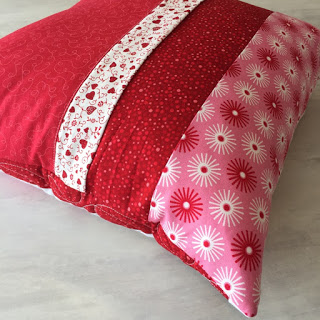 Zippered Pillow Tutorial - Simple Flap and zipper design pillow back.