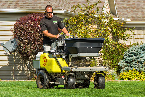 Lawn Fertilizing - Grass Guru Lawn Service, LLC, is a licensed fertilizer applicator through the Indiana State Chemist for 3B Turf Management.Our 5 Step Turf Builder Program means you can