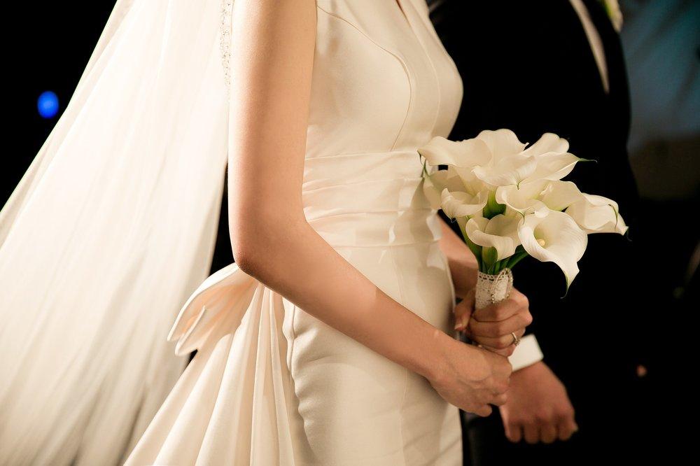 wedding-2207211_1920.jpg