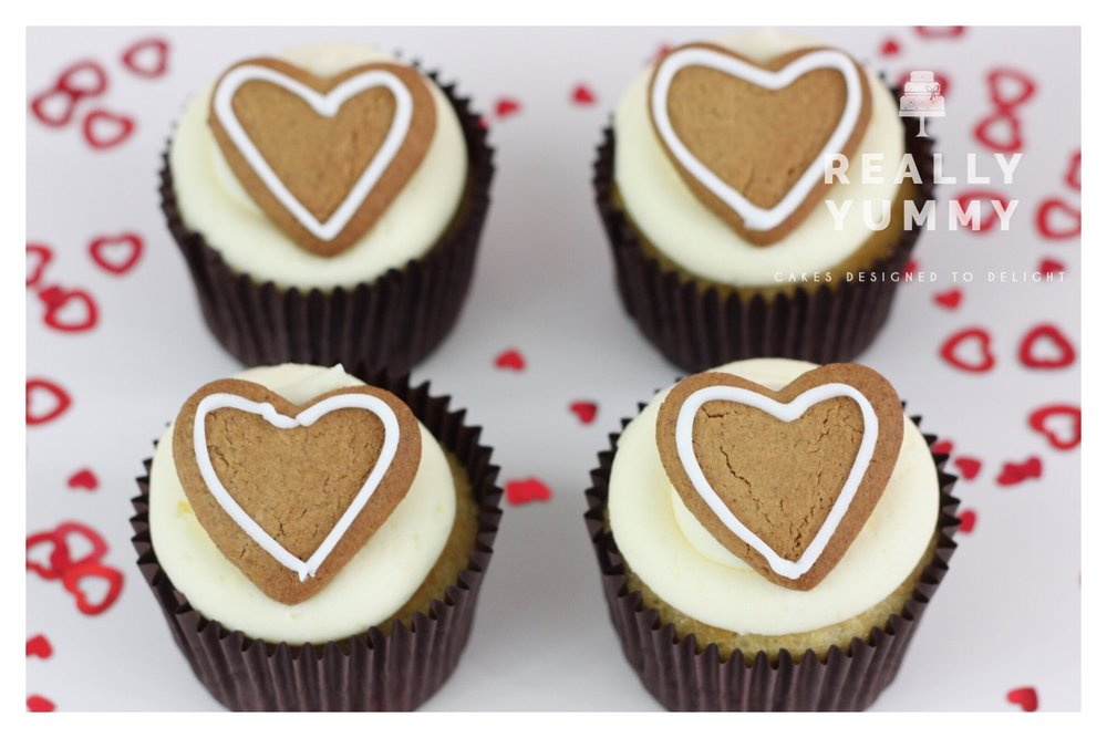 Gingerbread heart cupcakes