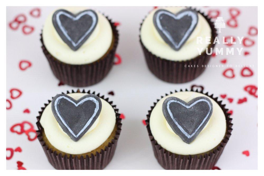Chalkboard heart cupcakes