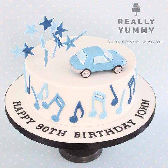 Cars, stars and music in blues, for a 90th Birthday 😊 #car #music #reallyyummycakes #cakedesigner #bespokecakes #hampshirecakes #winchestercakes #cakes #winchester #hampshire #designercakes #designinspiration #designprocess