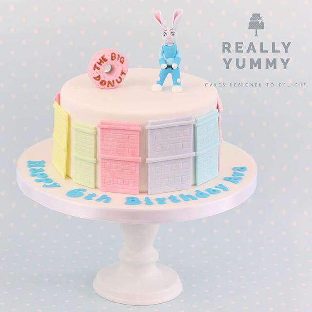 Officer Judy Hopps, reporting for duty 😊 A pretty Zootropolis cake, for Ava 💕 #reallyyummycakes #cakedesigner #bespokecakes #hampshirecakes #winchestercakes #cakes #winchester #hampshire #designercakes #designinspiration #designprocess #zootropolis