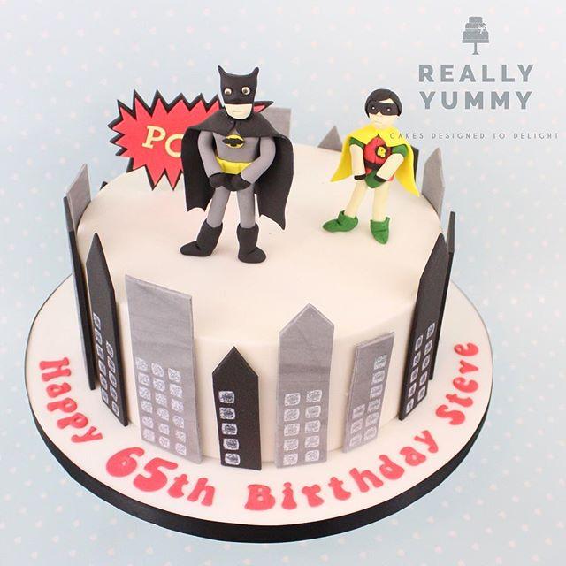 Holy Birthday Batman! Loved using the original series as inspiration for this cake 😊 #reallyyummycakes #cakedesigner #bespokecakes #hampshirecakes #winchestercakes #cakes #winchester #hampshire #designercakes #designinspiration #designprocess #batmanandrobin #batman