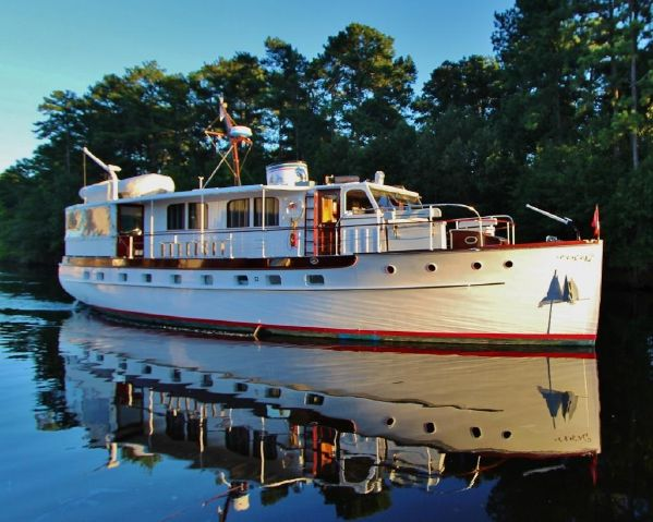 Washingtonian - A 1939 Trumpy Motor-yacht - A PBA Restoration Project 2011